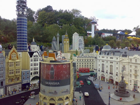 A wonderful scene of London in LEGOLAND Windsor's Miniland. Image © Ashworth_Rich